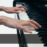 ピアノ・鍵盤楽器の教室を探す