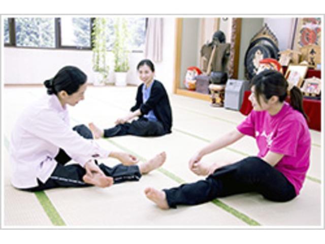 【名古屋市内で随時開催中】気功・太極拳の大元「気のトレーニング」が学べる道家道学院