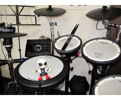 ドラム教室「Drum Lessons 哲」